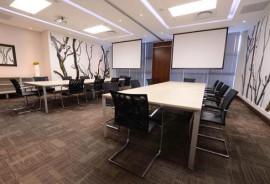 Leading Meeting Room Trends for Business People
