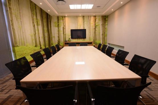 Large 14 person Boardroom at Broadacres Business Centre