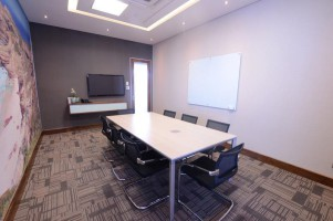 Century City Meeting Room - 8 seater
