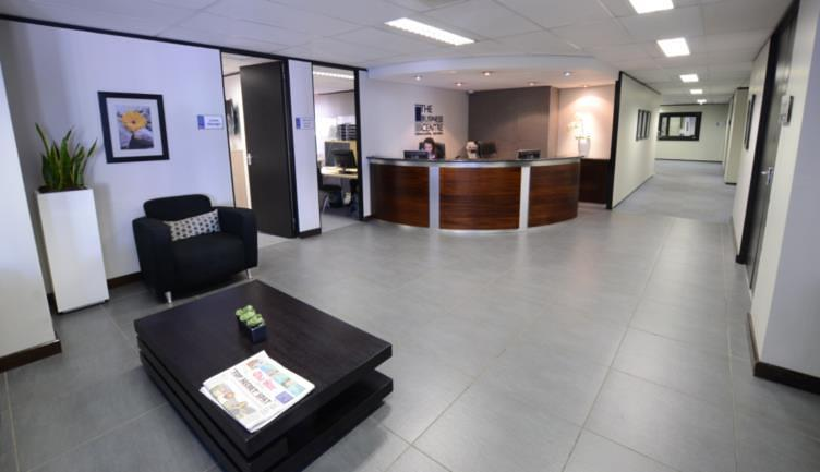 Reception-Services-at-the-business-centre
